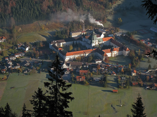 Монастырь бенедектинцев - Монастырь Этталь, или Эттальское аббатство (Kloster Ettal)